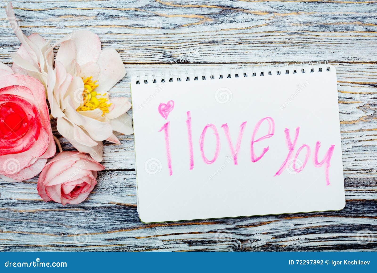 Download цветет блокнот стоковое фото. изображение насчитывающей годовщина - 72297892
