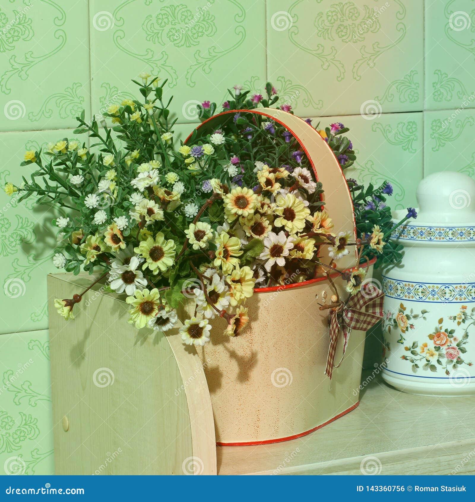 цветет кухня Домашнее оформление