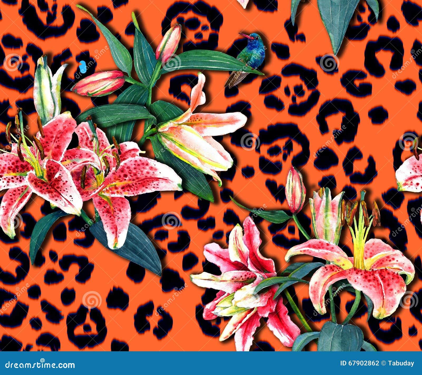 Цветочный узор на печати леопарда