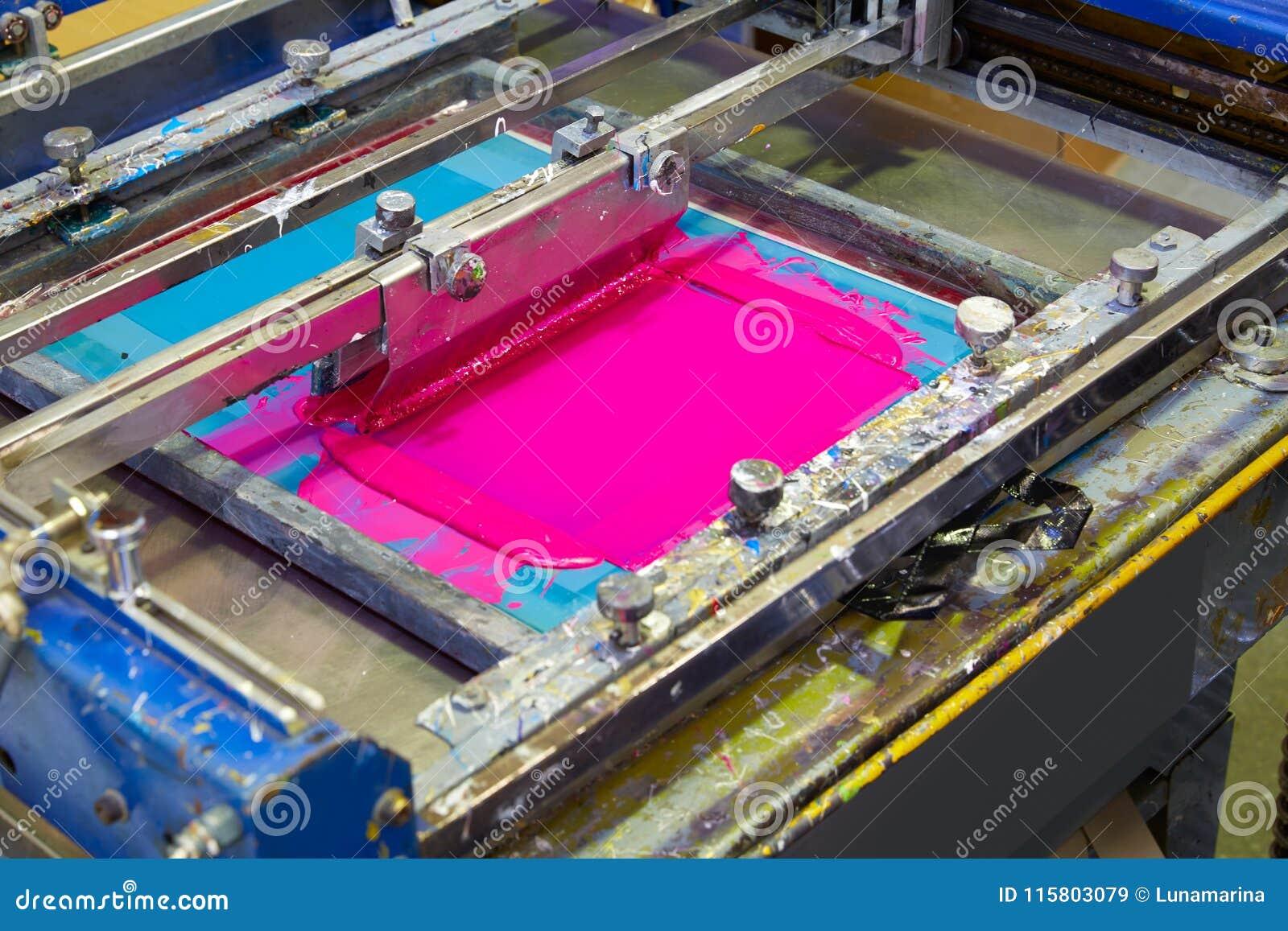 Цвет мадженты пинка машины чернил принтера Serigraphy