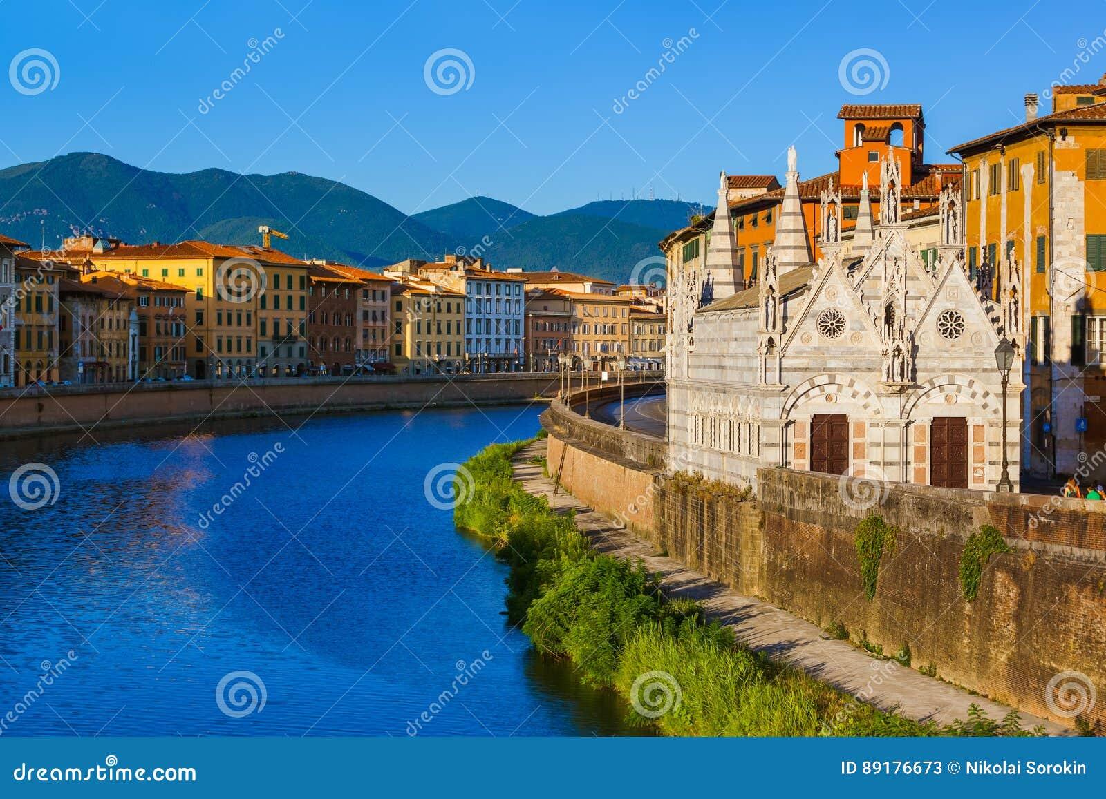 Центр города в Пизе Италии