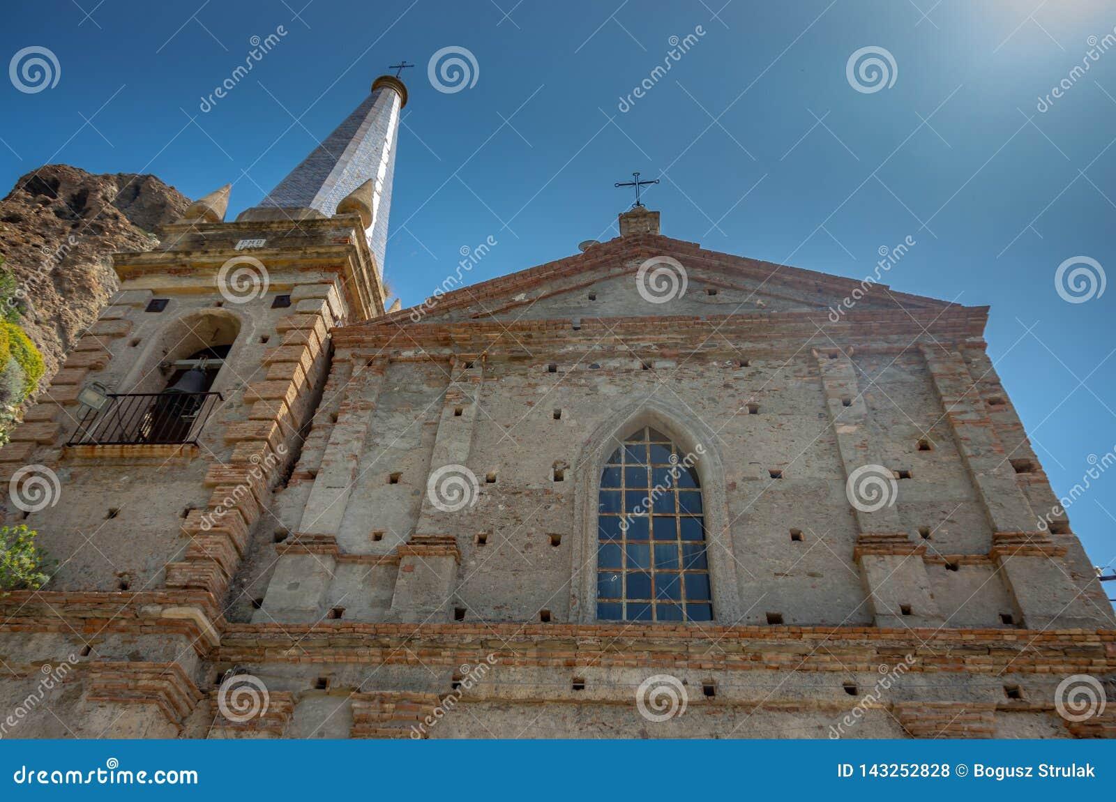 Церковь апостолов Питер и Пол Святого Dei Santi Pietro e Paolo Chiesa, Pentedattilo, Калабрия, Италия