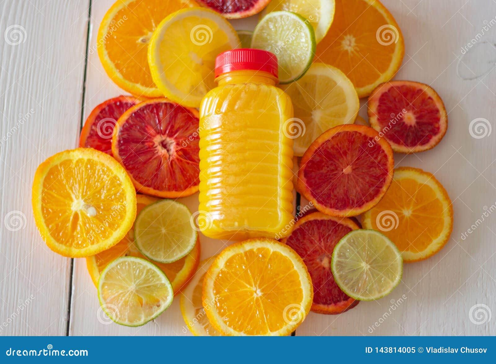 Цитрусовые фрукты и сок Фруктовый сок Multy