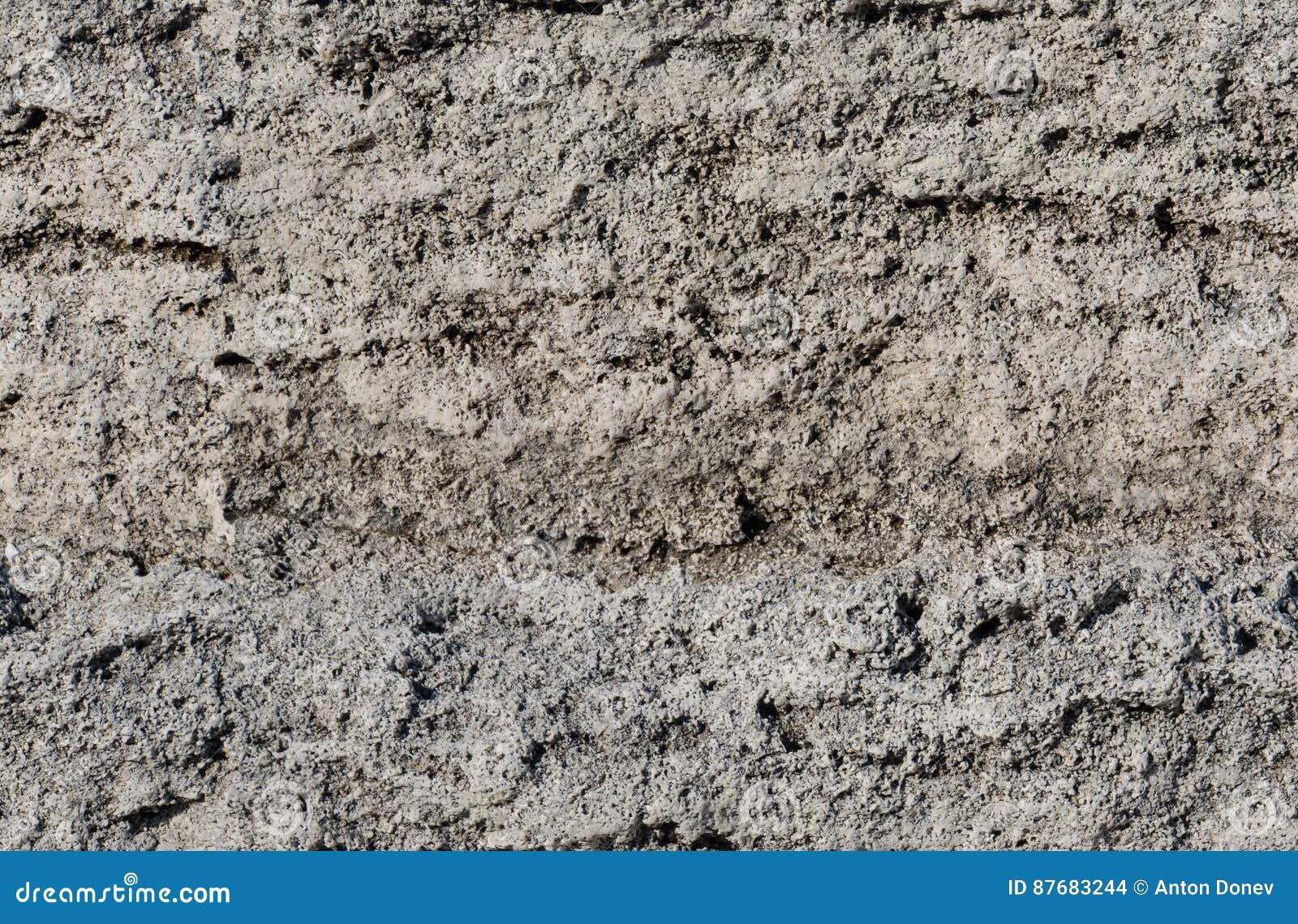 Часть скалы седимента
