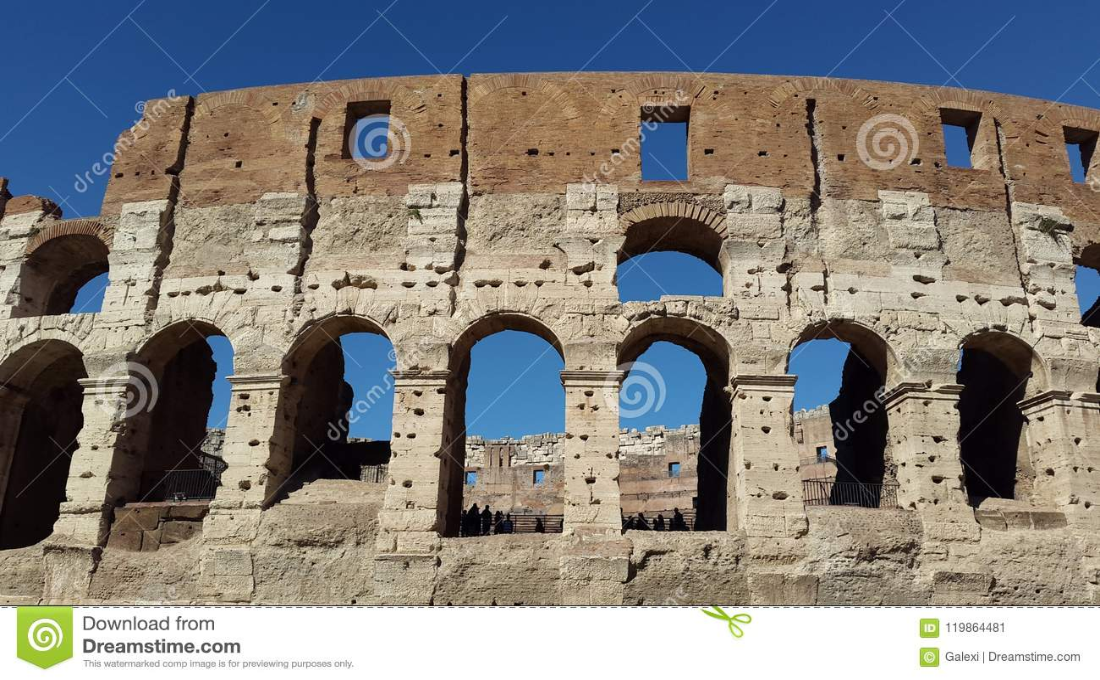 Часть Colosseum