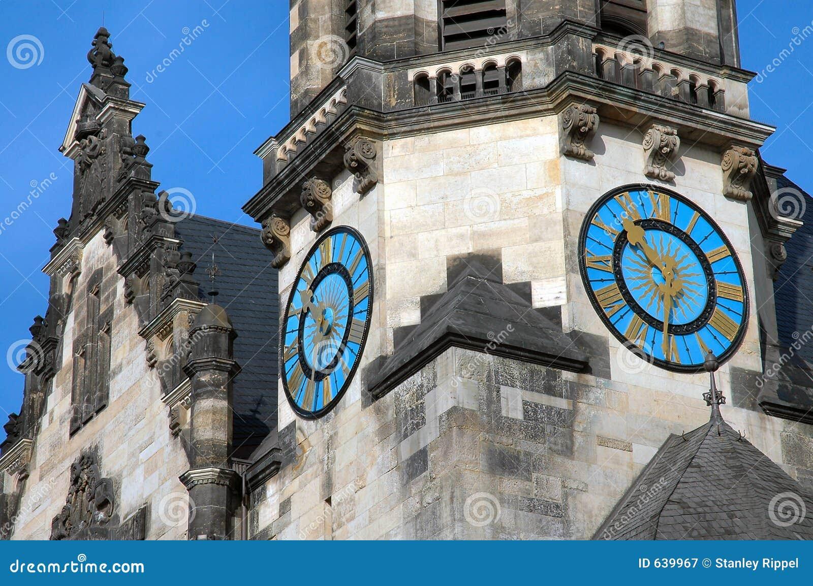 Download часы Германия leipzig стоковое изображение. изображение насчитывающей landmark - 639967