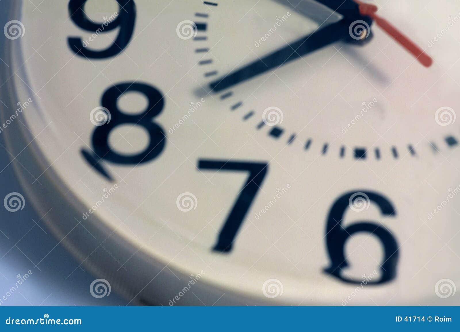часы 9 6 к