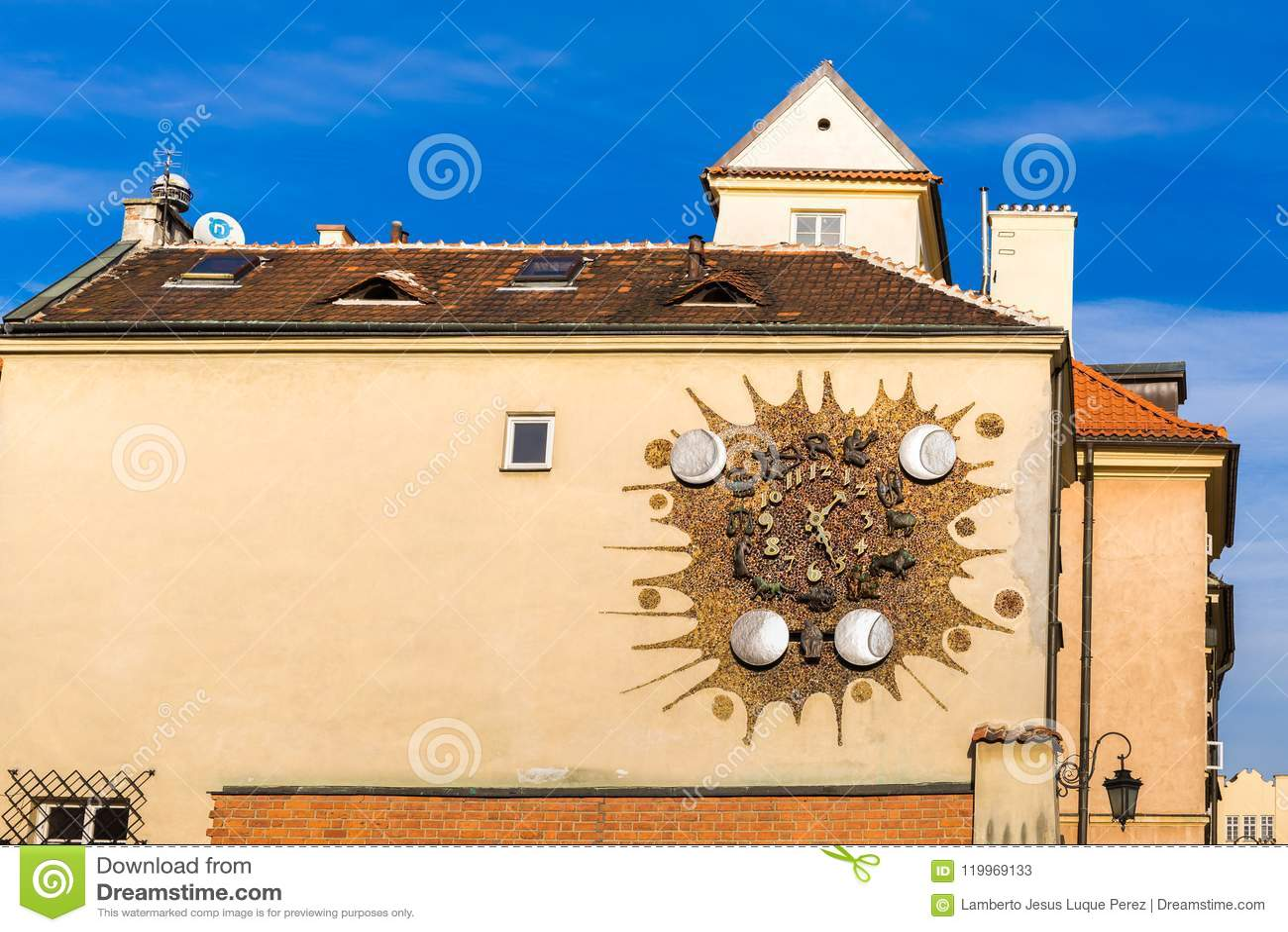 Часы Sigismund на Варшаве в Польше