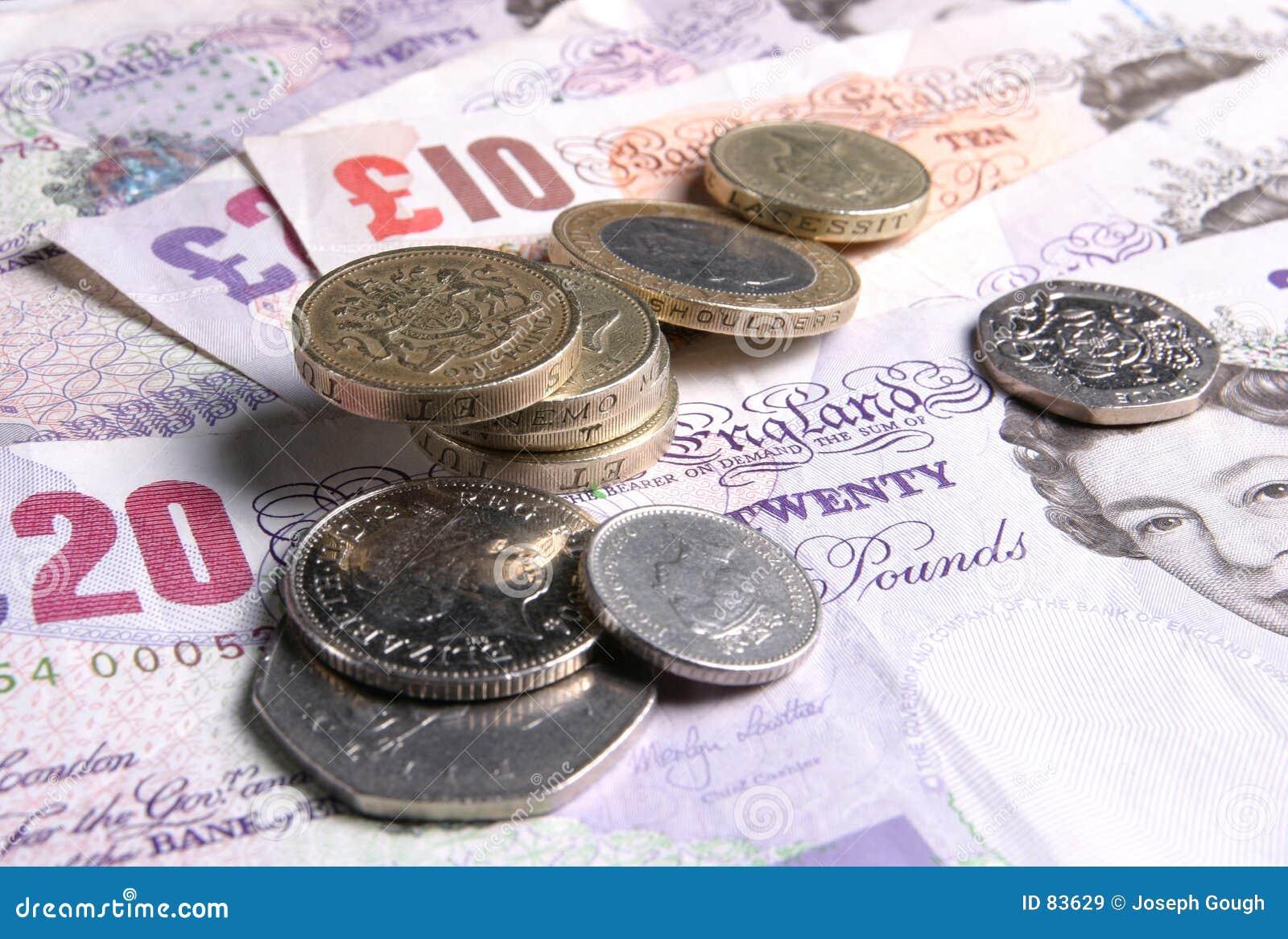 чеканит примечания Великобританию дег валюты