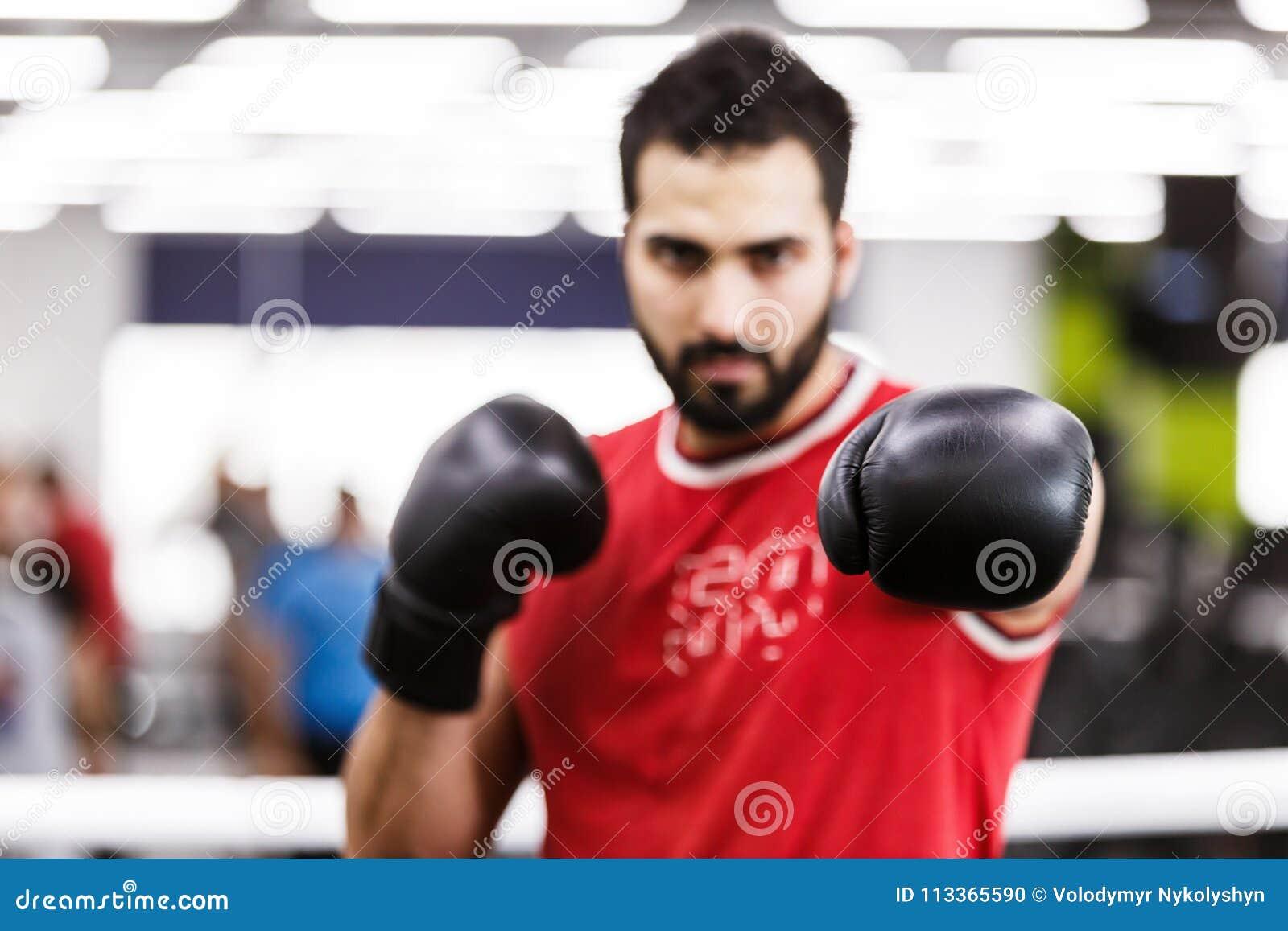Человек бокса