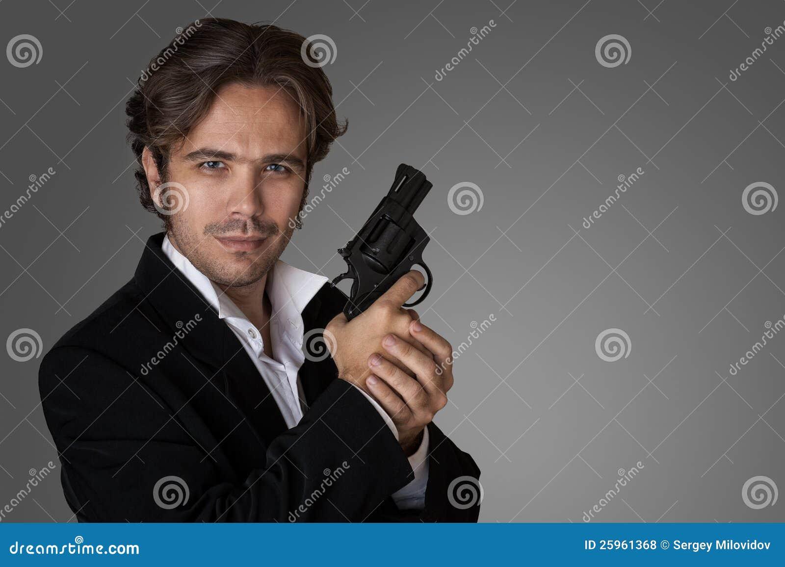 Человек с пушкой