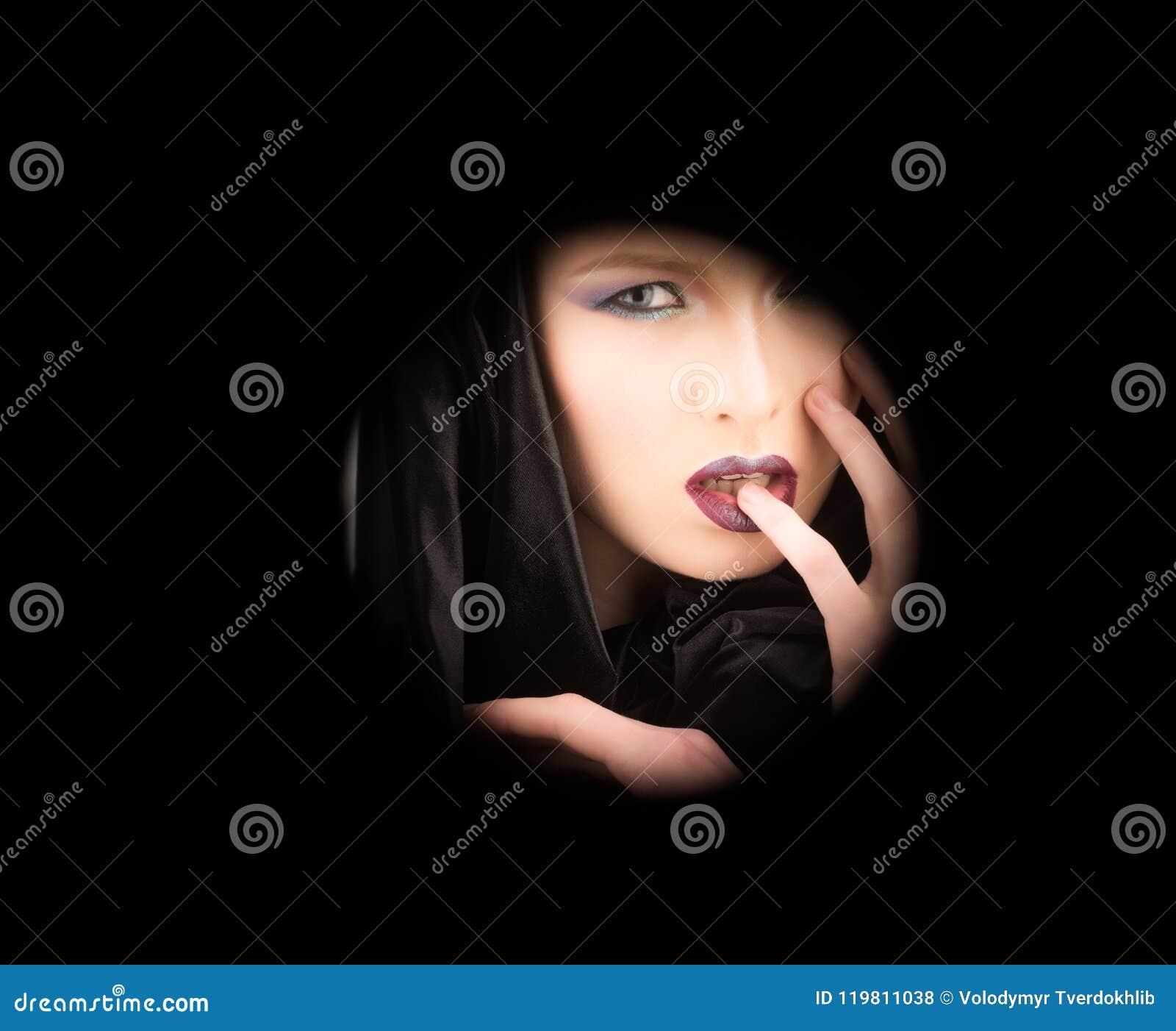Фото черная кожа делает девушку сексуальной, порно смоленск русское