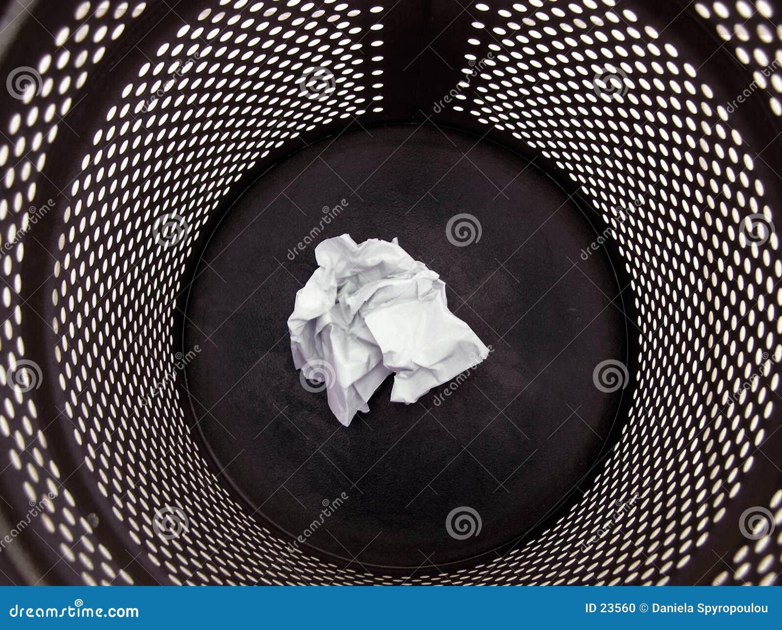 Download чернота может trash стоковое фото. изображение насчитывающей офис - 23560