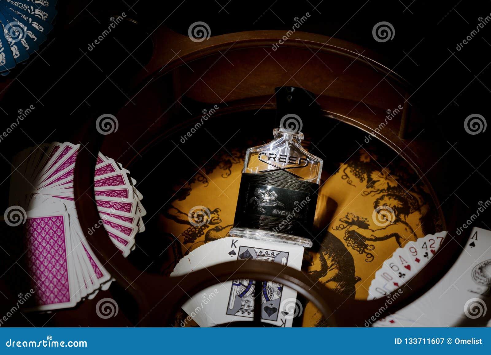 Чернота Aventus eau de parfum кредо