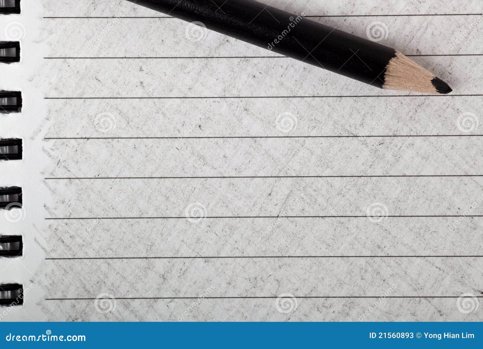 черный карандаш расцветки цвета