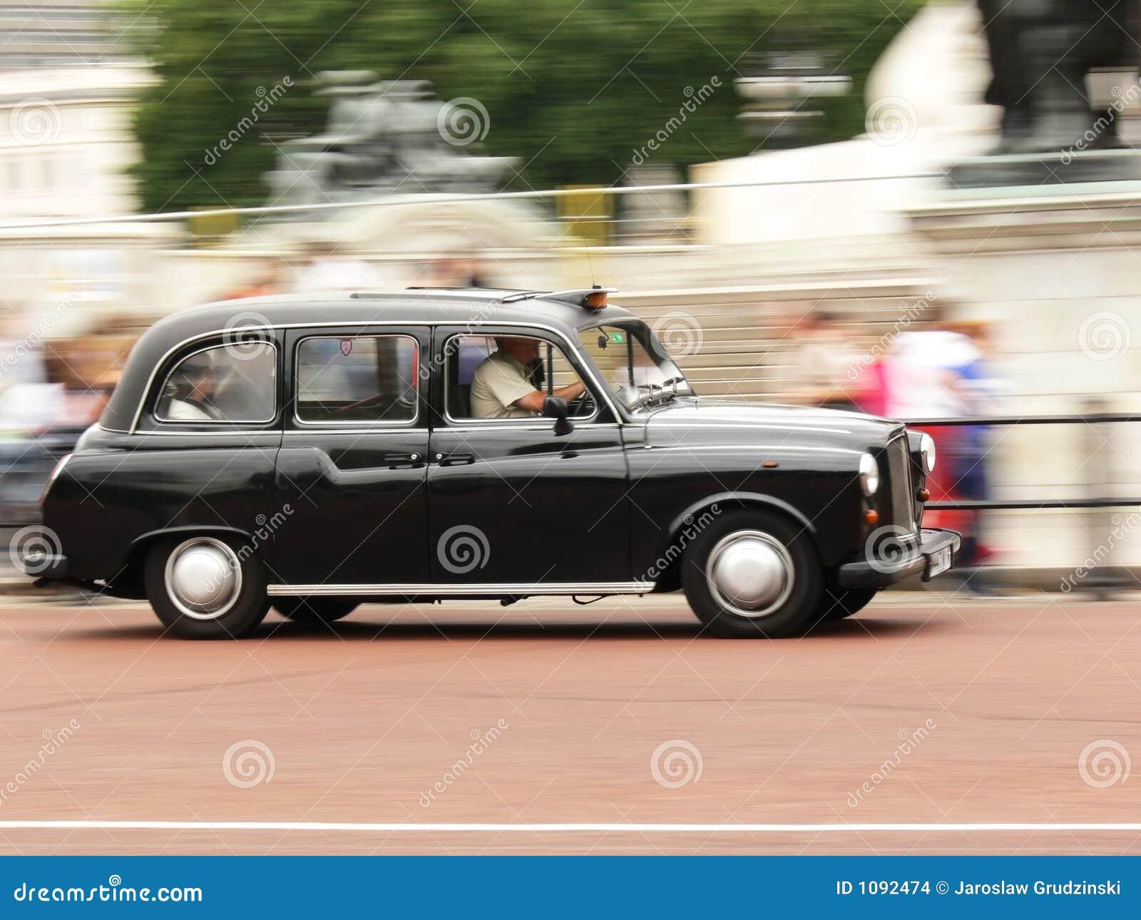 черный таксомотор london