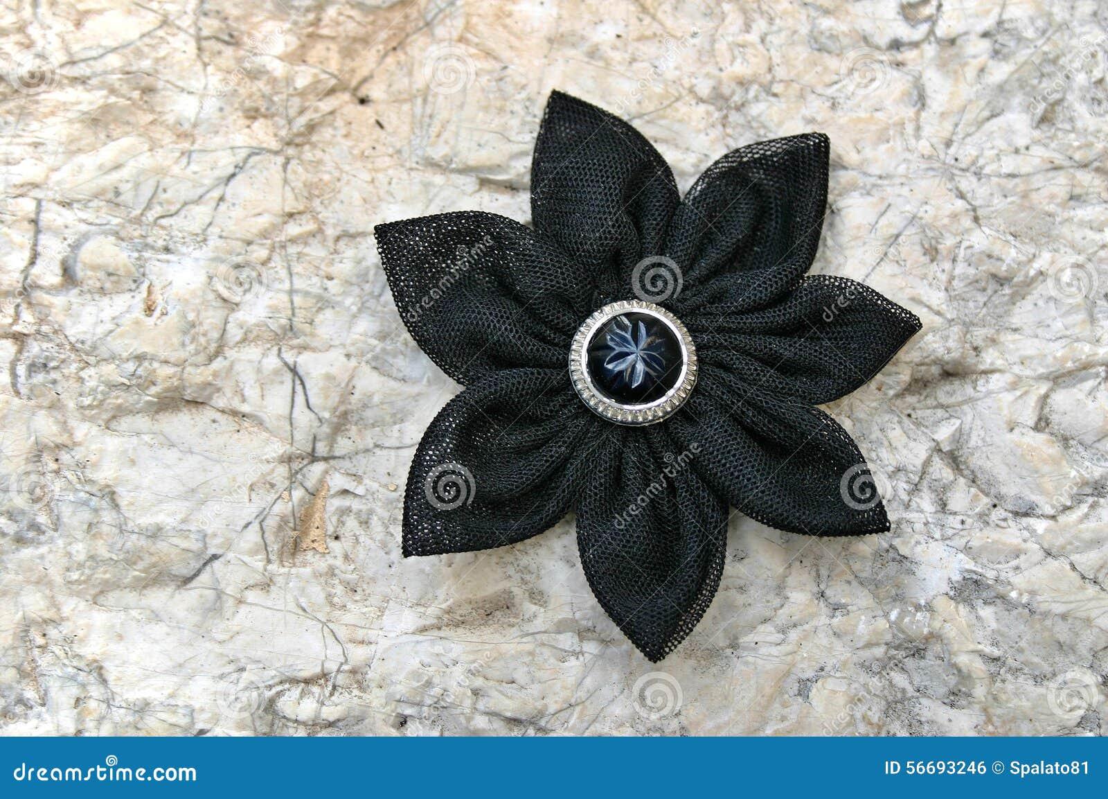 Черный цветок фото