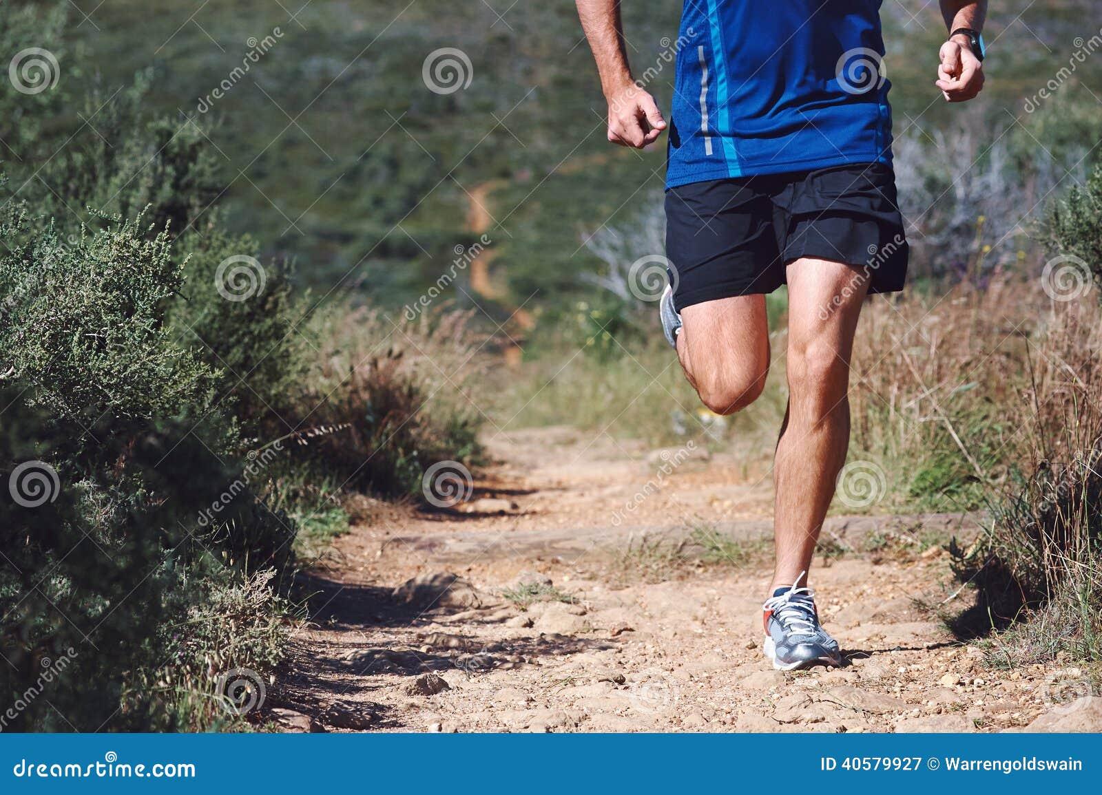 Человек следа фитнеса