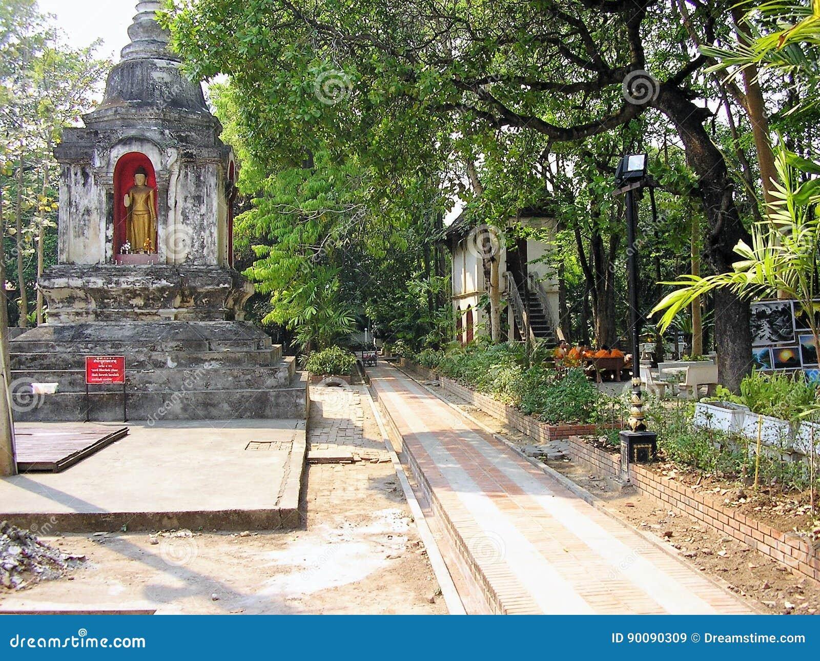 Чиангмай - Thaïlande - висок ancien ville Ла dans