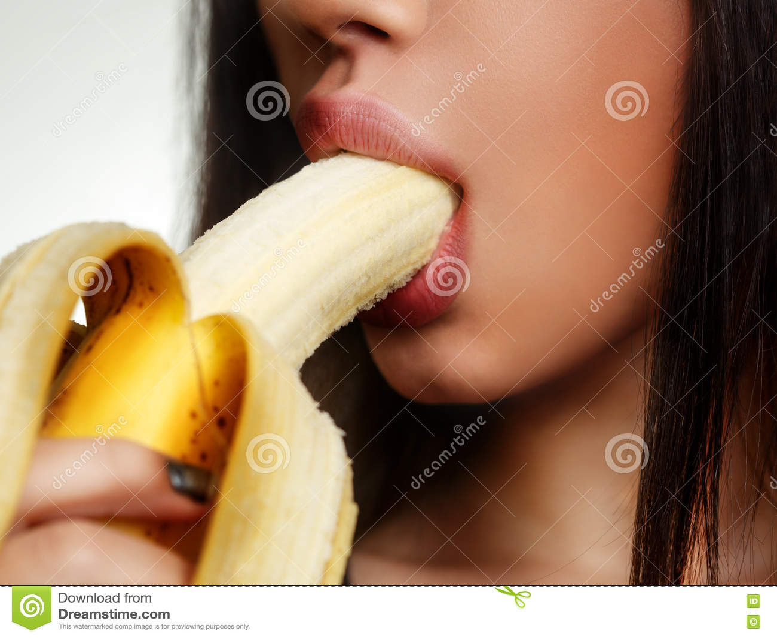 Сексе с бананами, попки в тугих джинсах фото