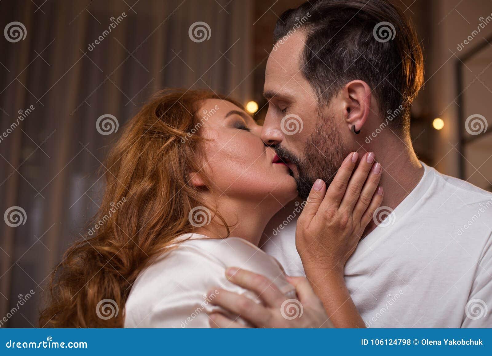Зрелые женщины с любовниками фото, топ моб порно сайты