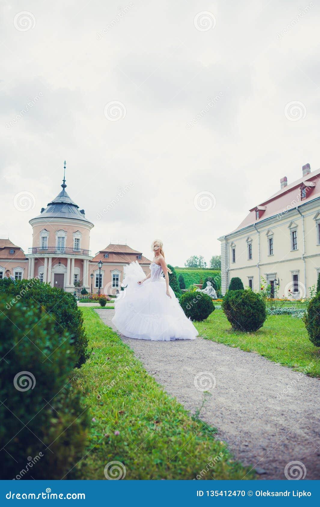 Чувственный портрет красивой невесты