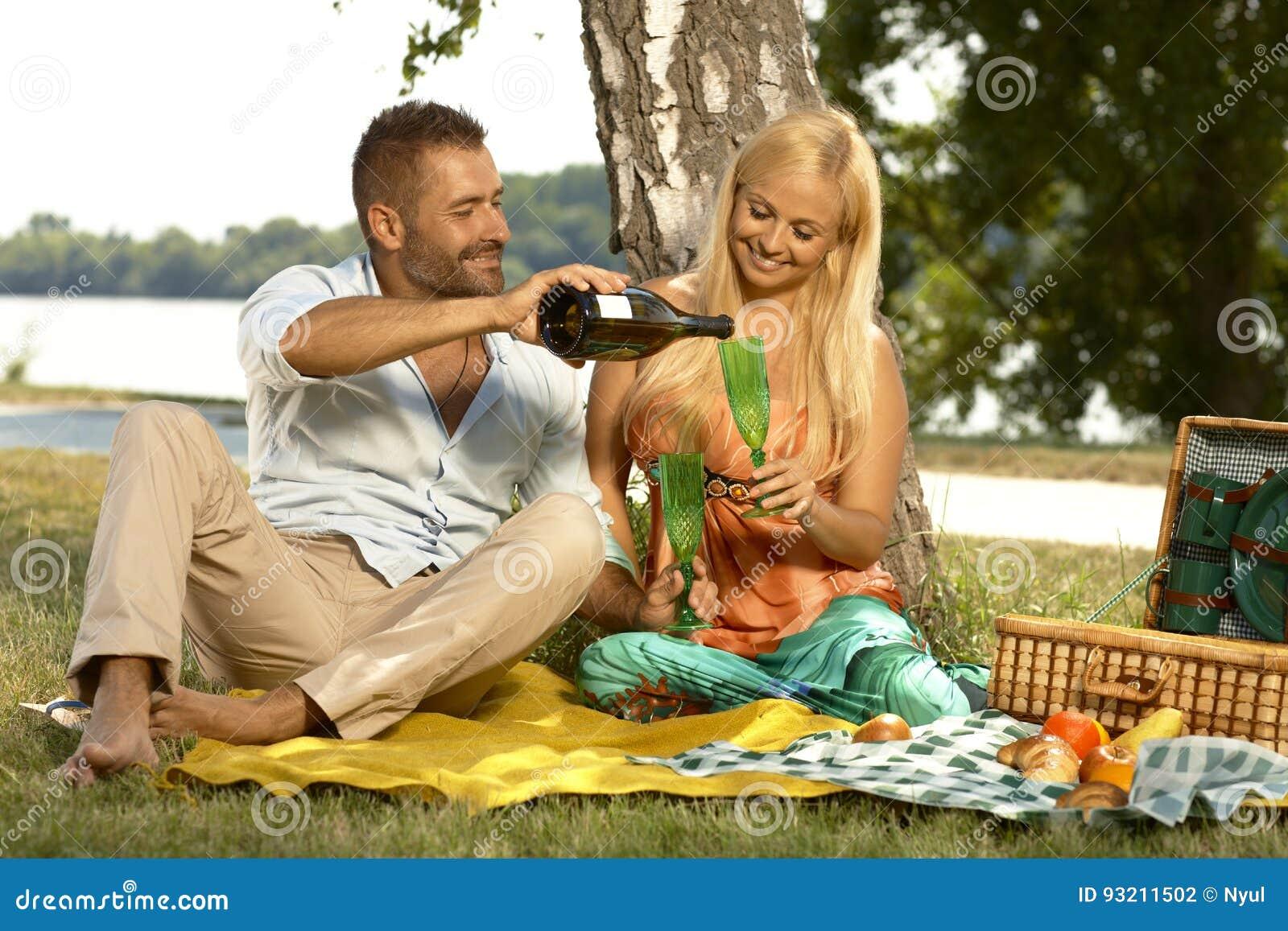 Фото жены на пикнике фото 371-68