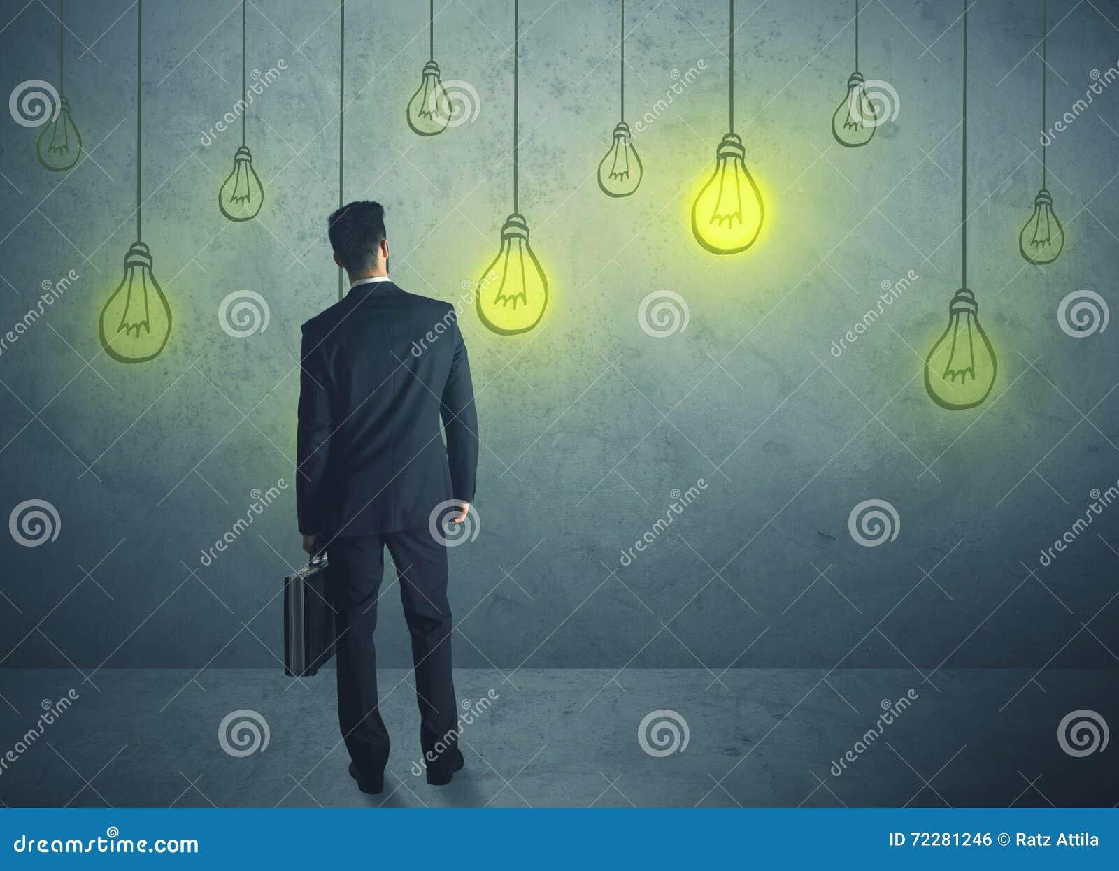 Download Шарики освещения смертной казни через повешение Стоковое Фото - изображение насчитывающей concept, творческо: 72281246
