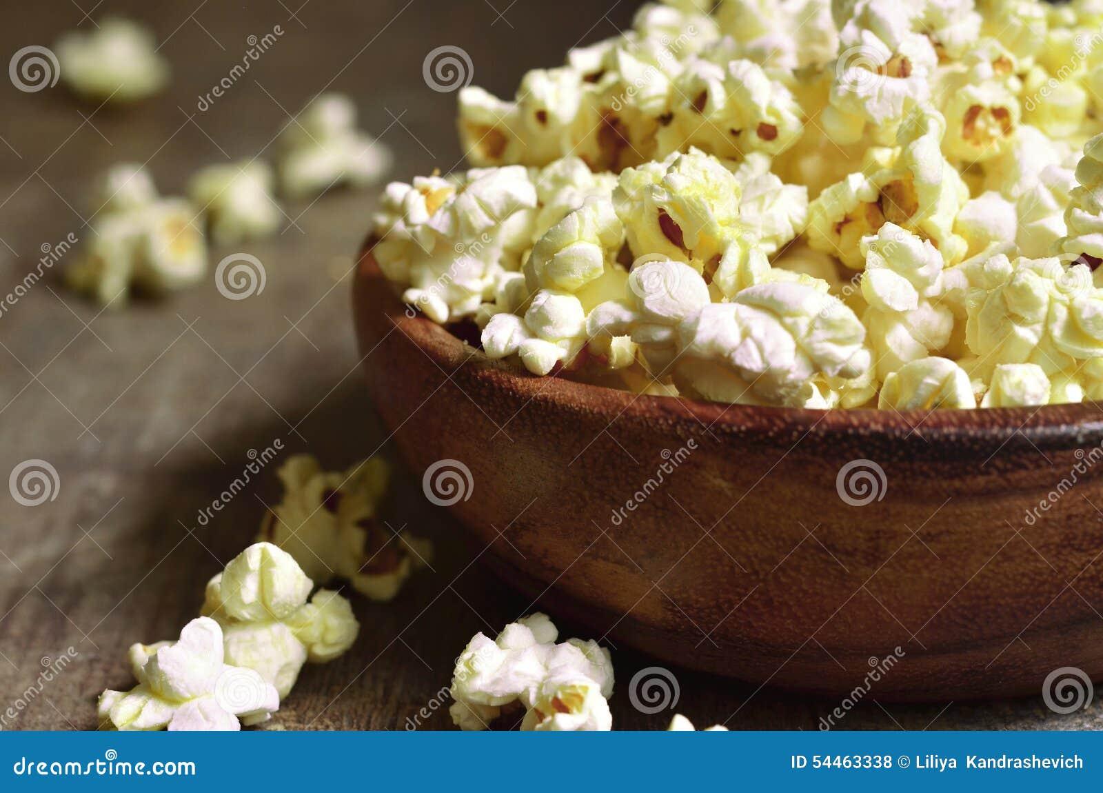 Шар попкорна