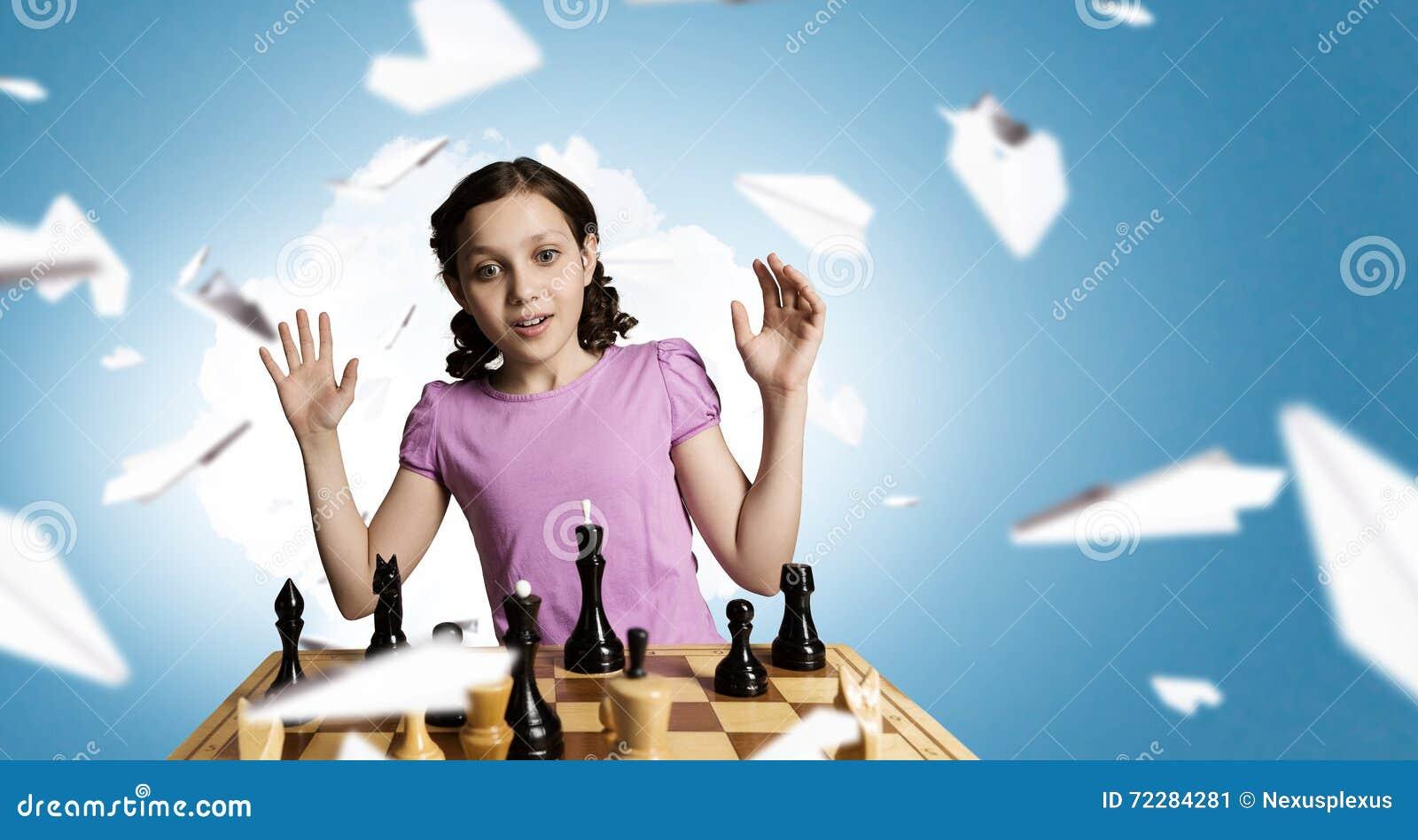 Download Шахматы для ухищренного разума Стоковое Изображение - изображение насчитывающей студия, малыш: 72284281
