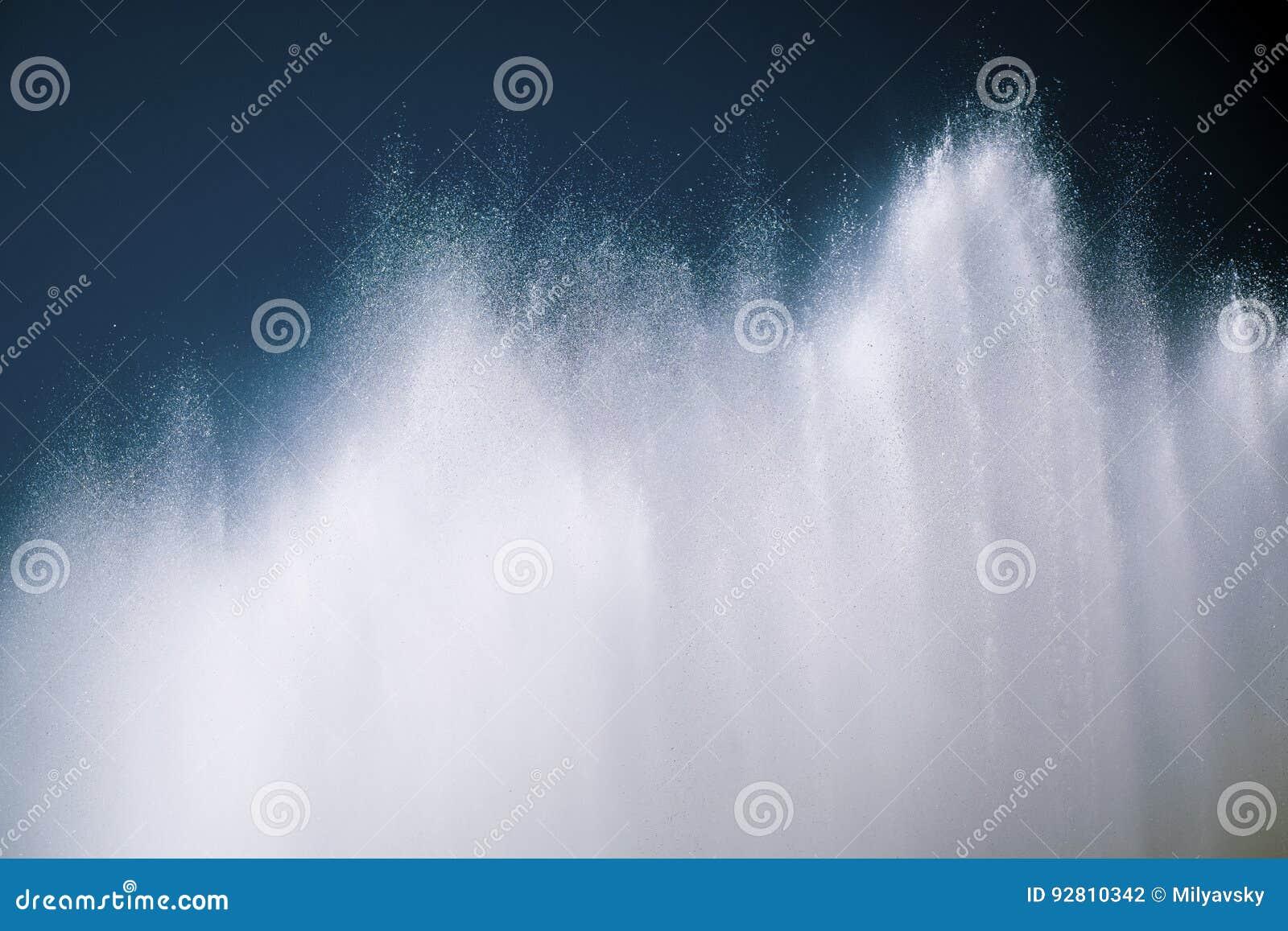 Шипы воды