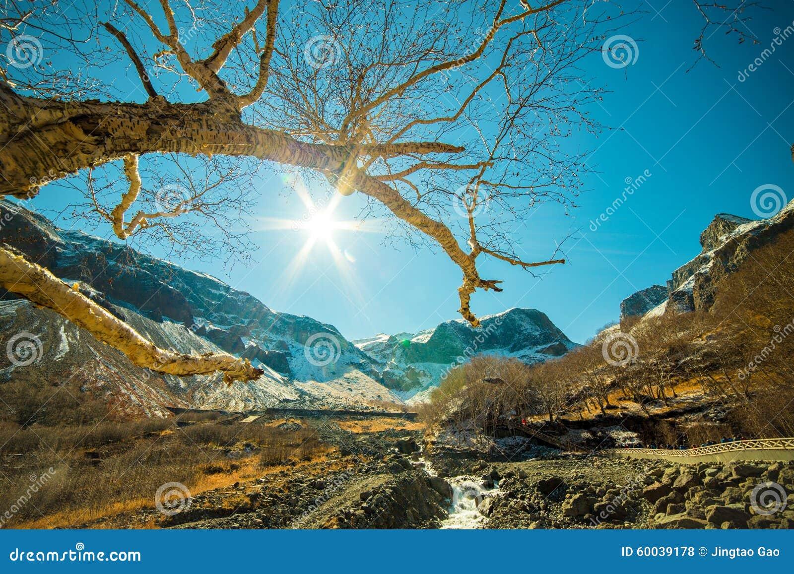 Широкоформатный всход на горе Changbai