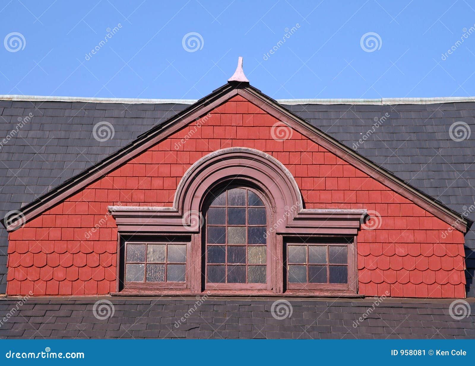 шифер крыши щипца красный