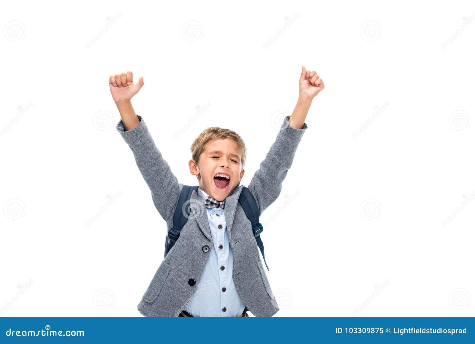 Школьник празднуя победу