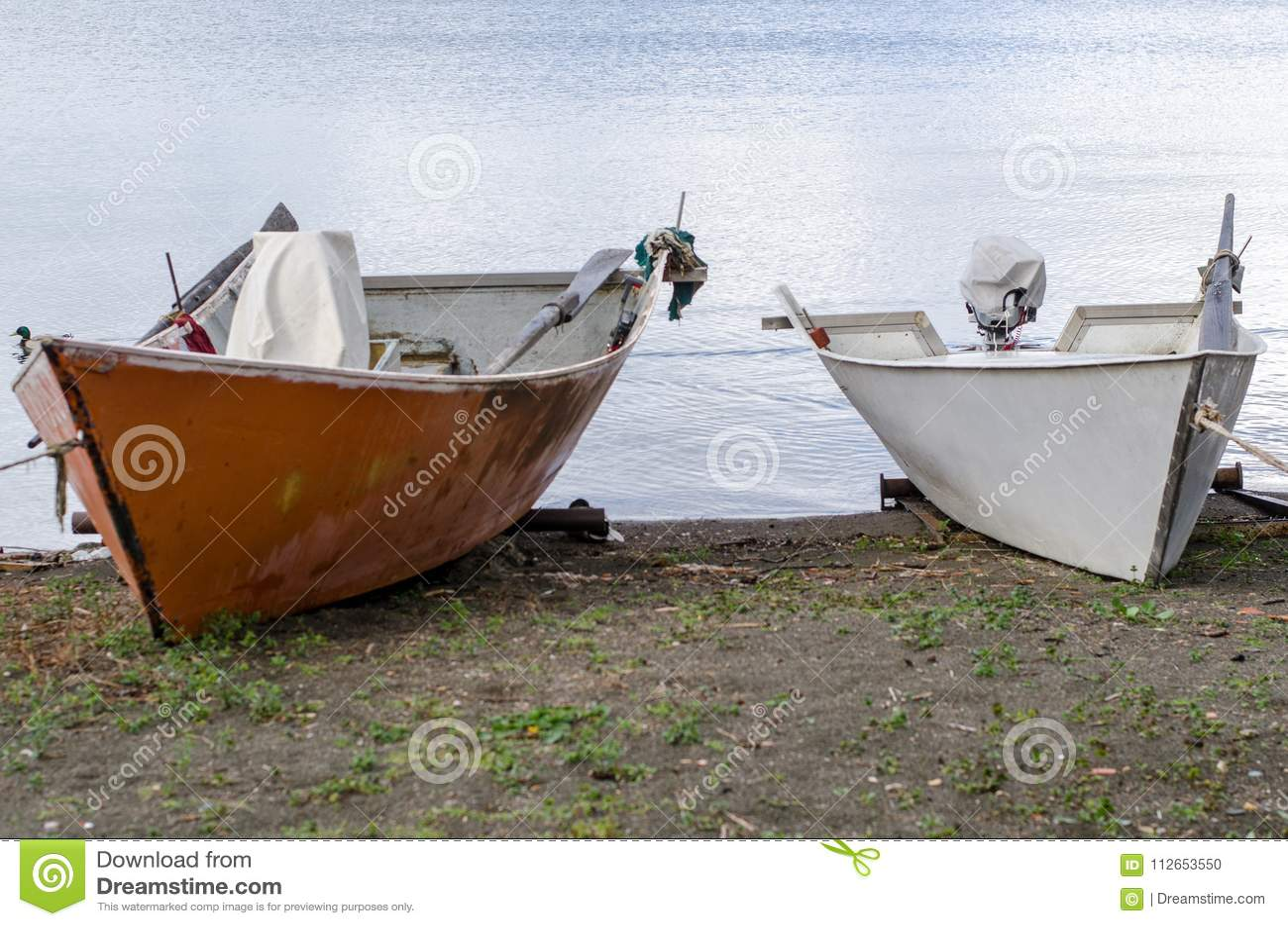 Шлюпки рыболовов озера Bolsena
