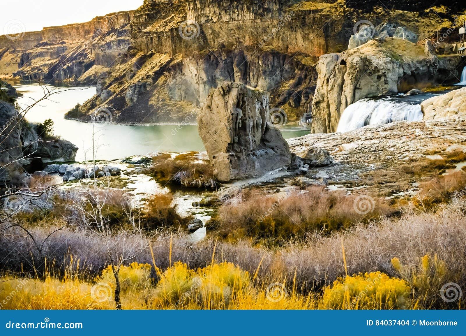 Шошон падает каньон