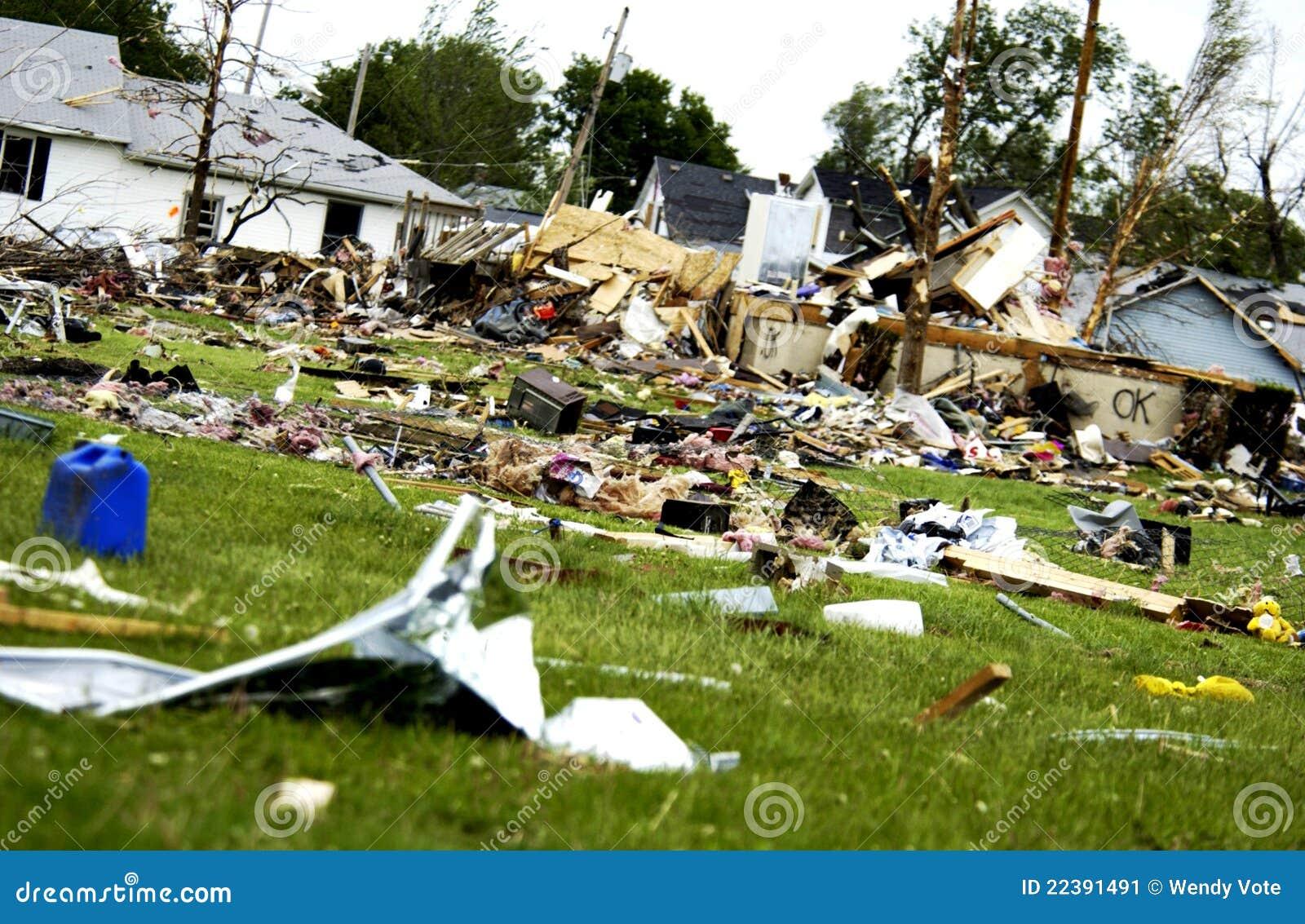 шторм повреждения