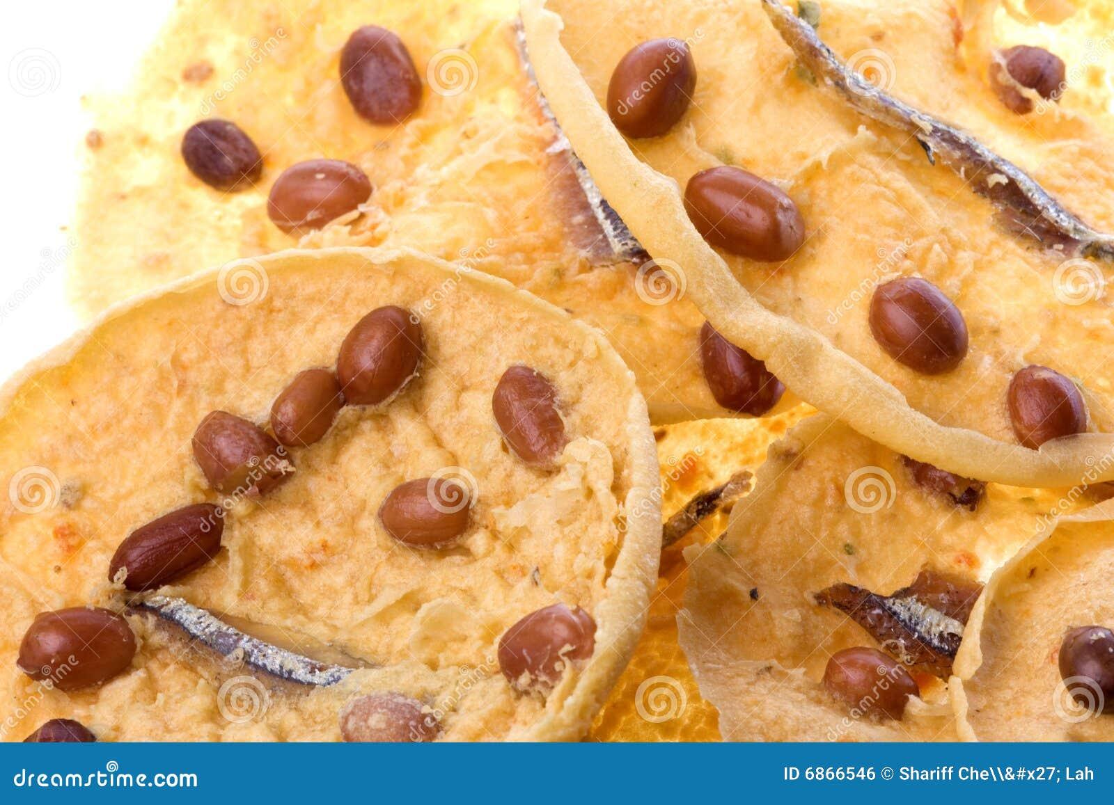 Шутихи арахиса и камсы