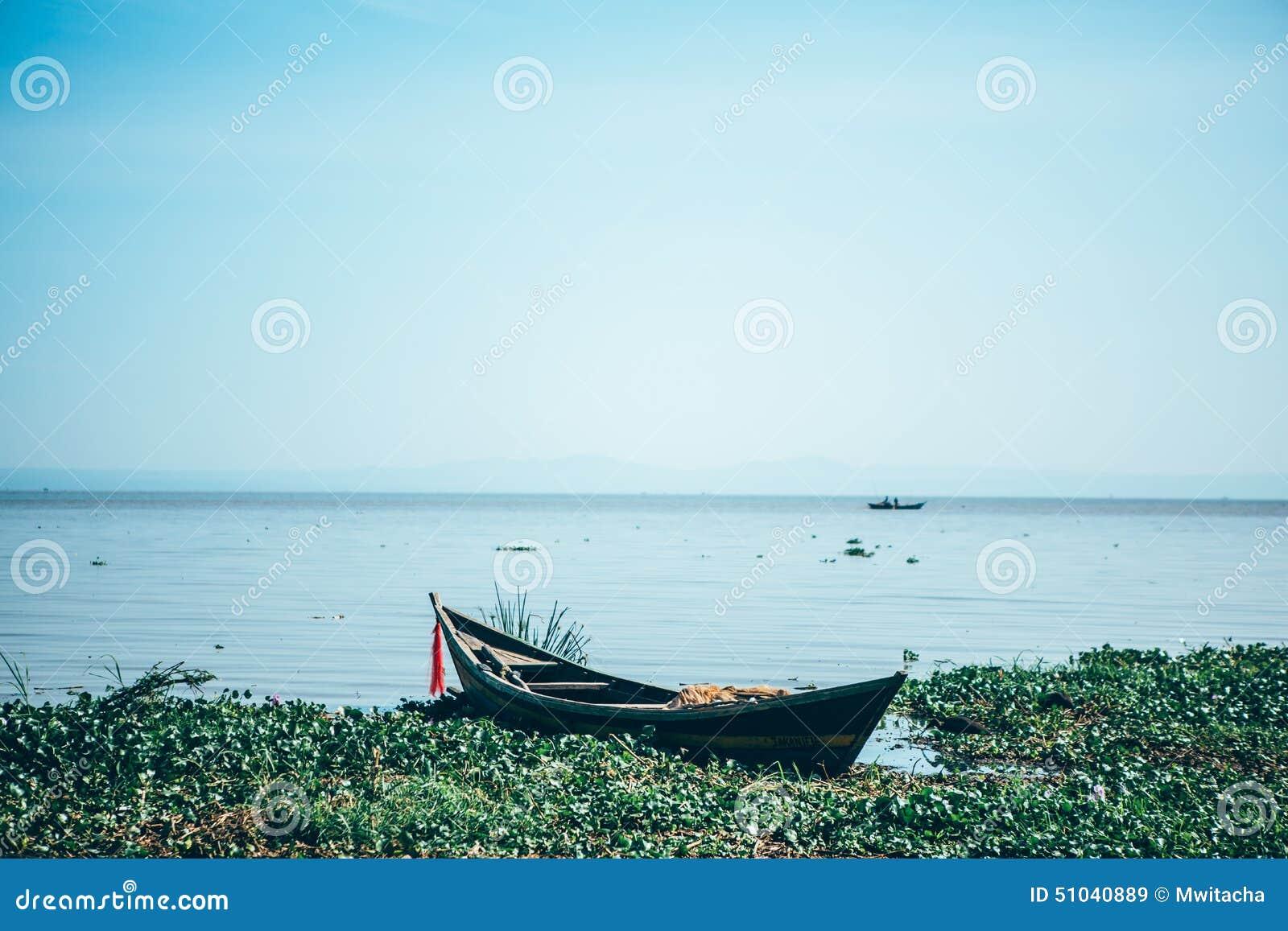 Шлюпка на Lake Victoria