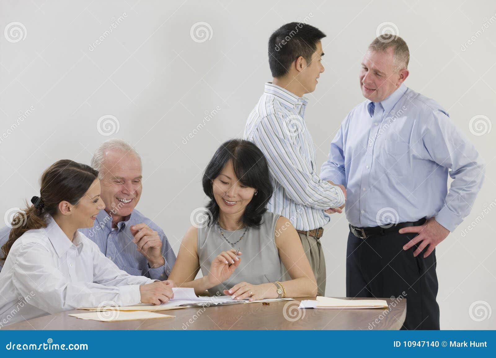 экзекьютивы 5 встречая