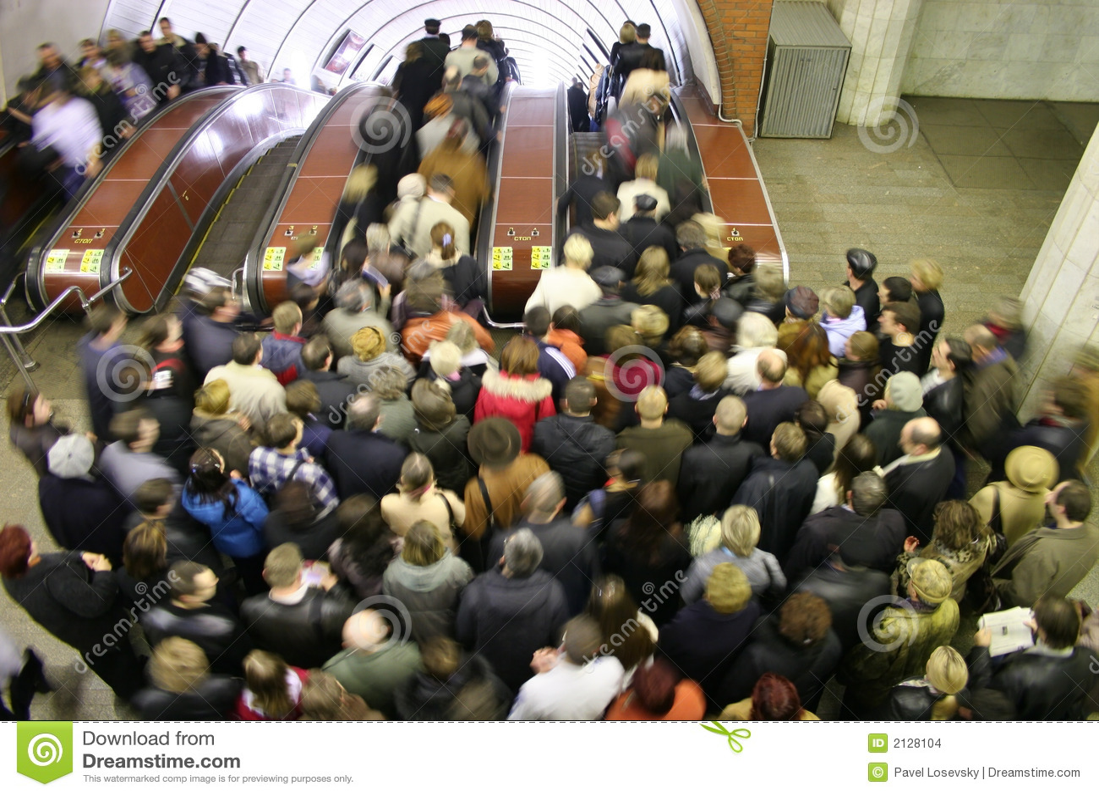 эскалатор толпы