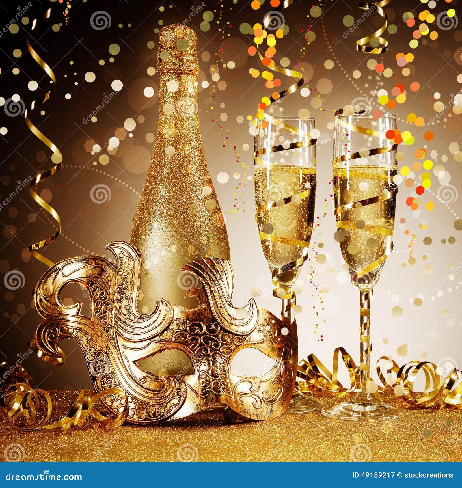 Элегантная золотая маска партии с Шампанью
