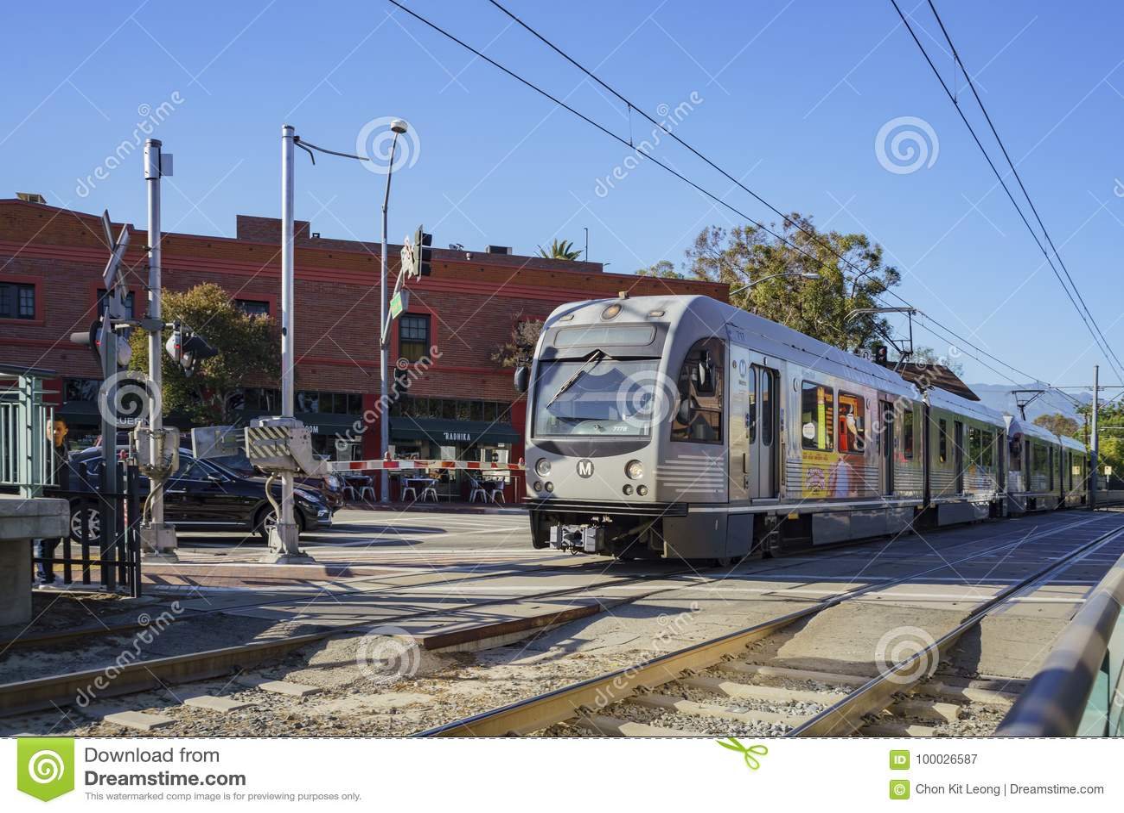 Южная станция метро Пасадина