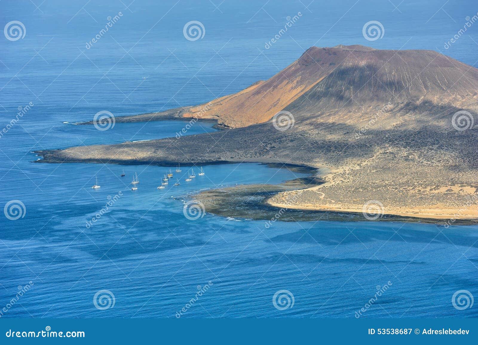 Южная часть острова Graciosa, Канарских островов, Испании