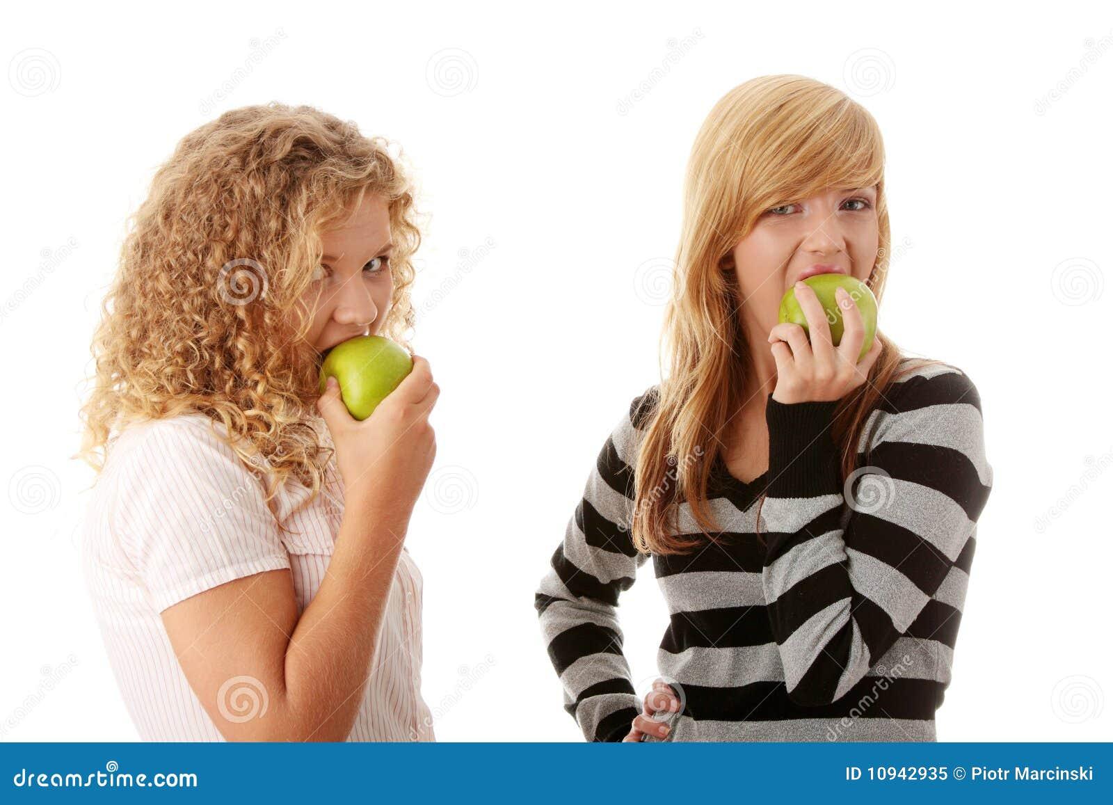 яблоки есть подруг зеленые предназначенные для подростков 2