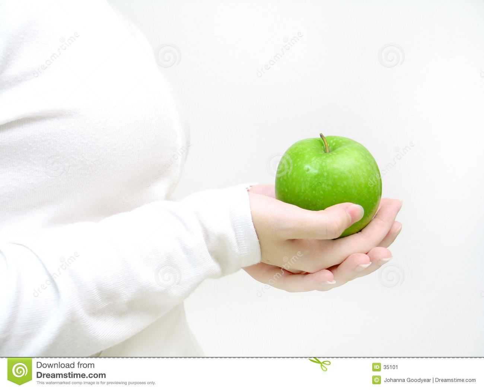 яблоко имеет