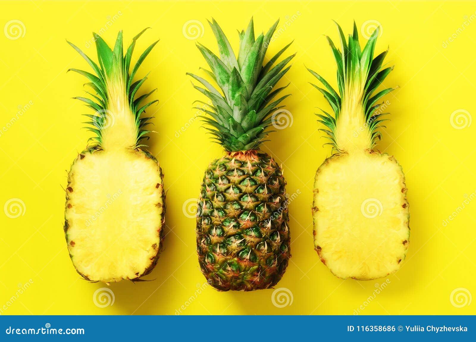 Яркая картина ананаса для минимального стиля Взгляд сверху Дизайн искусства шипучки, творческая концепция скопируйте космос Свежи