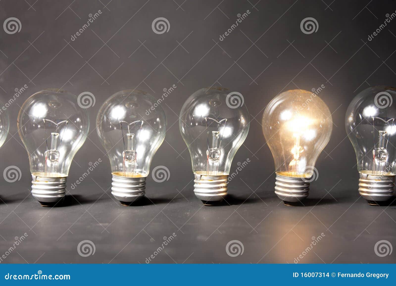 яркая серия света идеи принципиальной схемы шариков