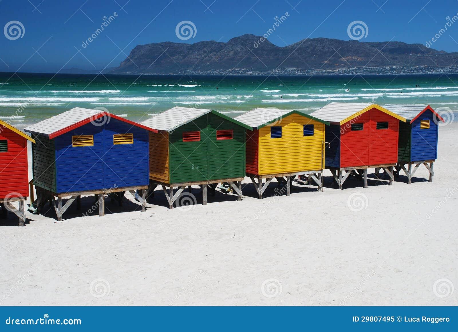 Хаты пляжа в Muizenberg, Южно-Африканская РеспублЍ