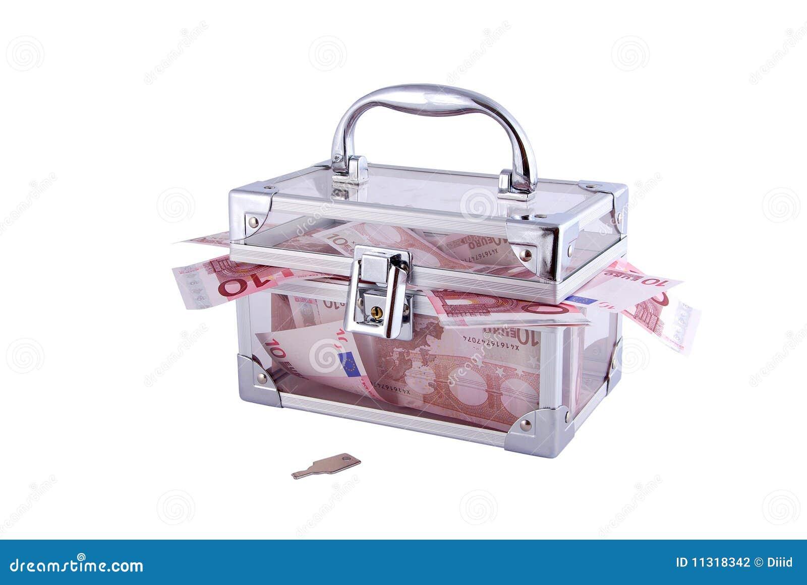 ясность коробки заполнила деньги